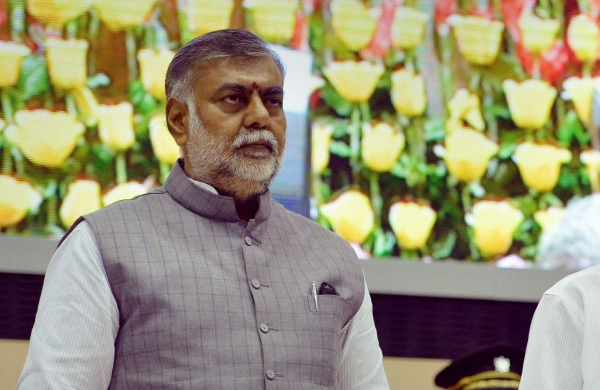 Prahlad Patel thanks Kejriwal for 'correcting his mistake' by changing tricolour in media address