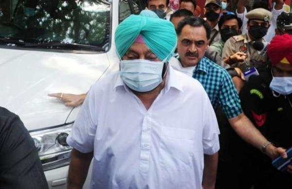 Punjab Congress in-fighting: Navjot Singh Sidhu may get plum post in cabinet, say sources