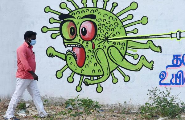 Thane: Armed with college degrees, they are working as drain cleaners amid pandemic