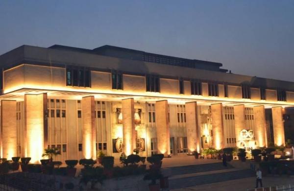 AgustaWestland: Delhi HC asks CBI, ED to respond to bail pleas of middleman Christian Michel James