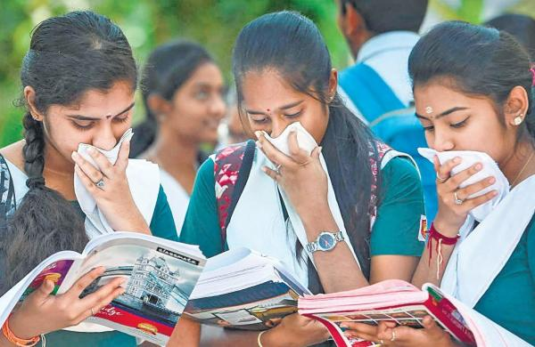 Bengal receives 26,000 applications for student credit cards