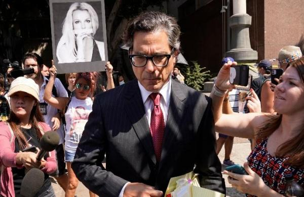 Britney Spears' new attorney says father must step aside