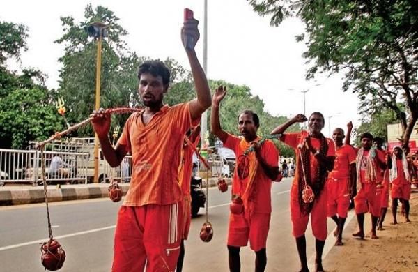 'Kanwariyas' entering Haridwar despite ban on yatra to be quarantined for twoweeks: Uttarakhand DGP