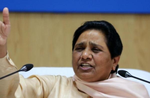 Mayawati brackets BJP, SP together with 'jungle raj-like anarchy' jibe