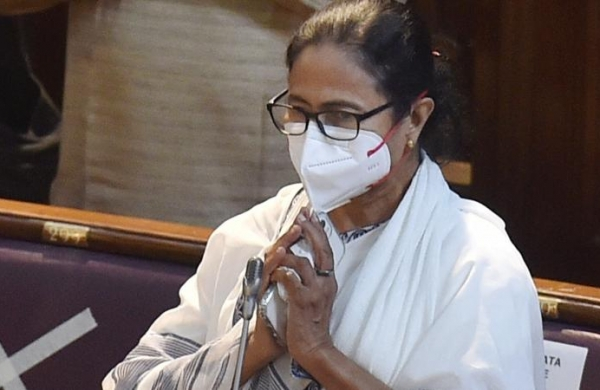 Narada accused could not be produced in court due to Mamata's presence in office, CBI tellsHC