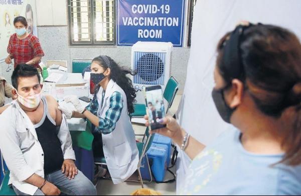 Over 1.73 crore Covid vaccine doses still with states, private hospitals: Centre