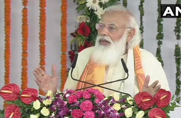 PM Modi inaugurates, lays foundation stones of projects worth over Rs 1,500 crore in Varanasi