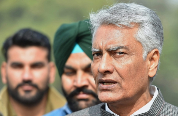 PPCC chief Sunil Jakhar convenes meeting of MLAs on July 19