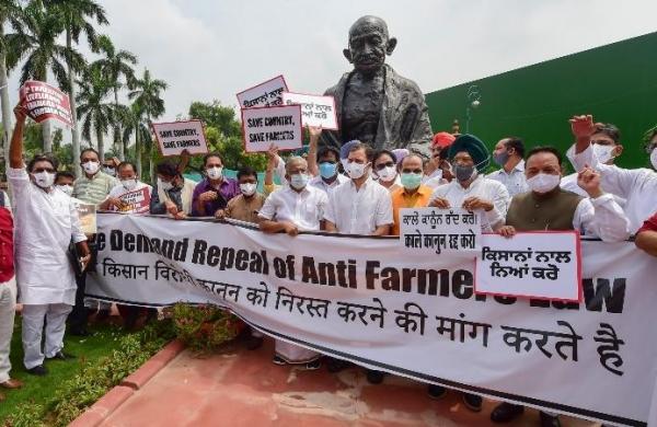 Pegasus snooping row: Rahul demands Shah's resignation, BJP calls it a plot