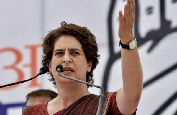 Priyanka meets two SP women workers 'attacked' during UP panchayat polls