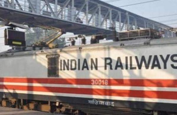 Railway Police constable saves life of 10-year-old boy at Mumbai suburban station