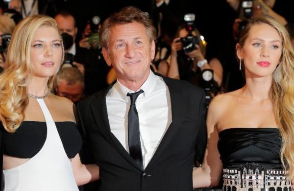 Sean Penn: Trump 'machine-gunned the vulnerable' during Covid