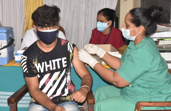 Two-thirds of Indians have Covid antibodies, another 40 crore still vulnerable to infection: Government