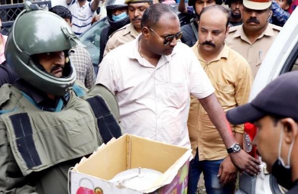 Uttar Pradesh ATS arrests two suspected Al Qaeda terrorists, claims major terror plot foiled