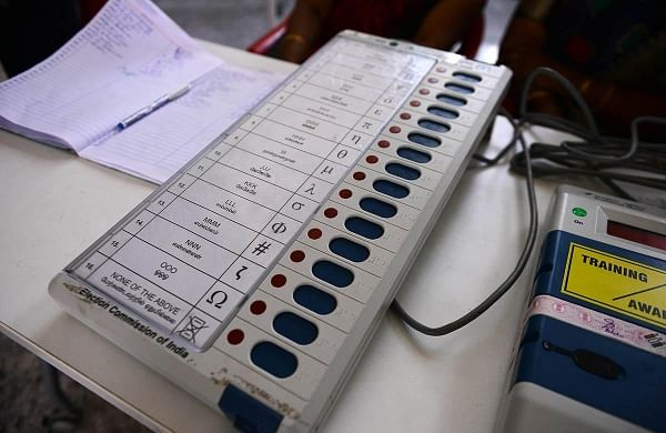 Caste-based UP parties bargaining hard with major outfitsfor larger slice of poll pie