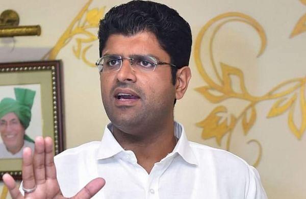 Chautala promises action against officer for telling cops to 'break farmers' heads'