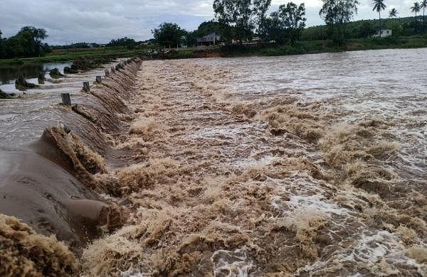 Heavy rains lead to waterlogging in several parts of Maharashtra