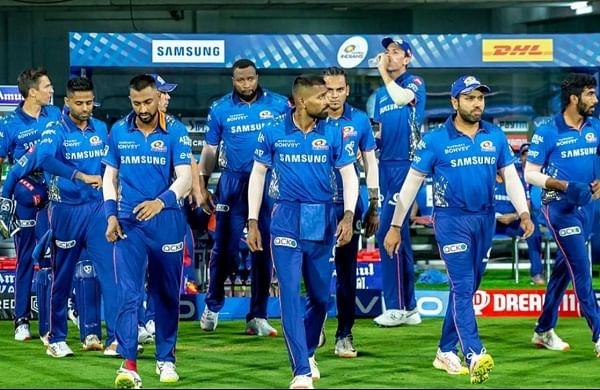 IPL 2021: Defending champions Mumbai Indians leave for UAE