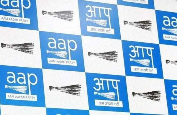 Season of change: Former Akali minister Sewa Singh Sekhwan joins AAP ahead of Punjab polls