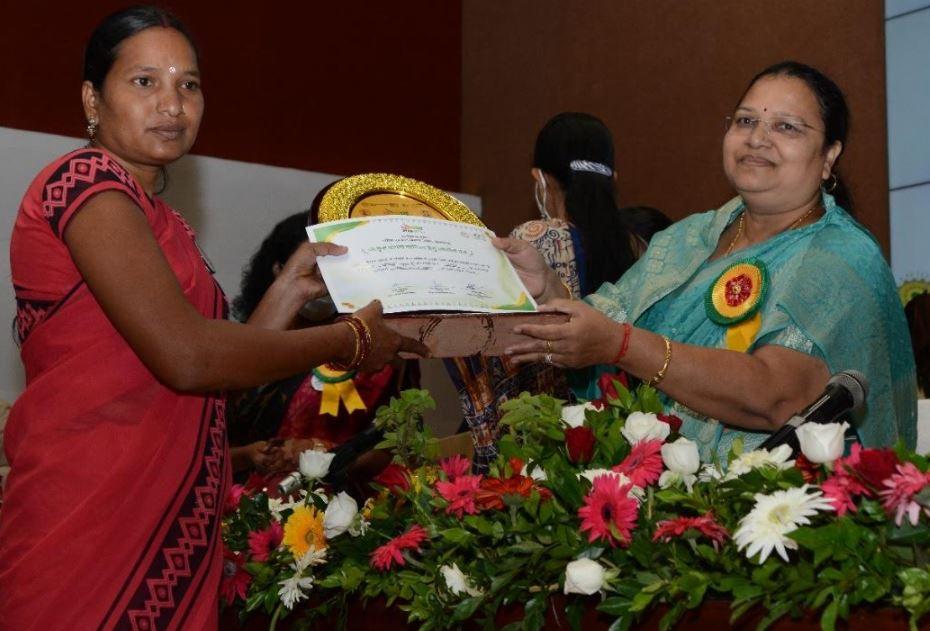 विशेषज्ञों के अनुभव और सुझावों से बनेगी सुपोषित छत्तीसगढ़ की बेहतर कार्ययोजना: श्रीमती भेंड़ियाछत्तीसगढ़ में सुपोषण और उसकी चुनौतियों पर राज्य स्तरीय संगोष्ठी आयोजित