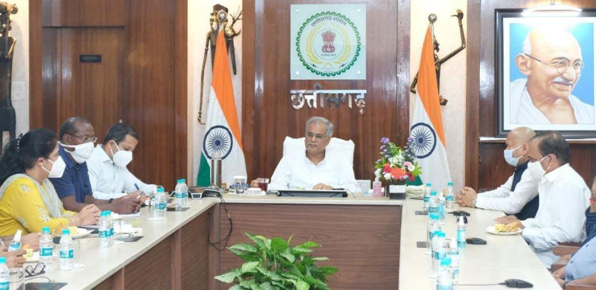 राजधानी रायपुर में शुरू होगी बैडमिंटन अकादमी: मुख्यमंत्री ने की घोषणा