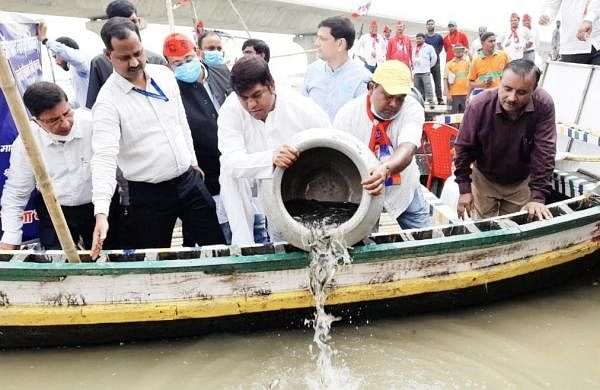 Bihar: VIP Chief Mukesh Sahani releases 71,000 fishes into the Ganges to mark PM Modi's 71st birthday