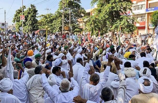 Farmers' stir: Haryana govt suspends internet, SMS services in Karnal