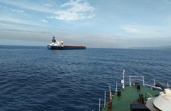 ICG apprehends Pakistani boat with 12 crew members off Gujarat coast