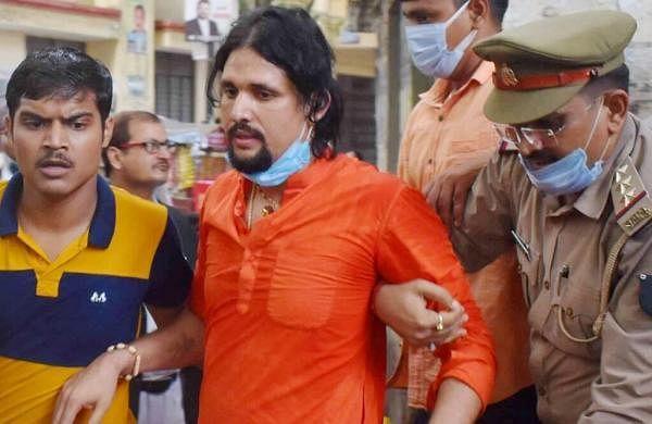 Mahantdeath case: CBI seizes laptop, documents from Anand Giri's Haridwar ashram