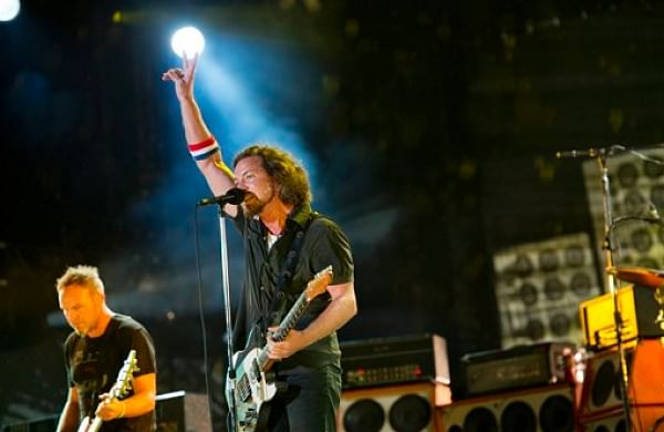 Rock bandPearl Jam returns to stage after three years, debuts six new songs
