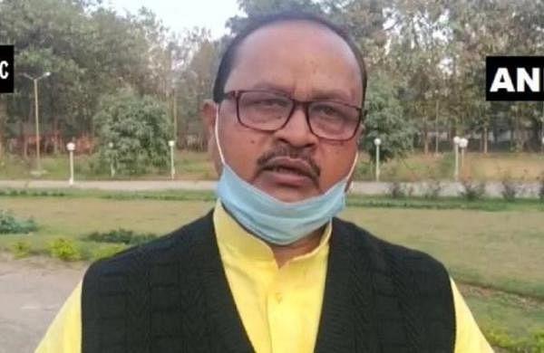 Ruckus in Rajdhani train after JDU MLA Gopal Mandal spotted in his innerwear