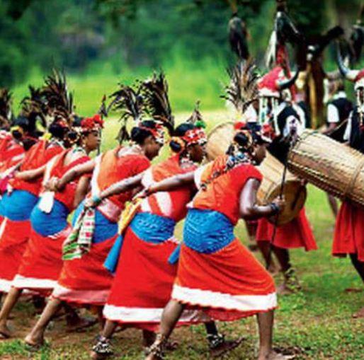 तमिलनाडु के मुख्यमंत्री को छत्तीसगढ़ सरकार की ओर से राष्ट्रीय आदिवासी नृत्य महोत्सव में शामिल होने का न्यौता