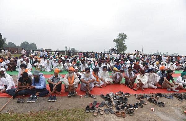 Congress leader Harish Rawat stopped at Bareilly on way to Lakhimpur Kheri: Police