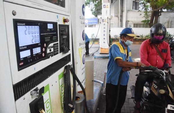 Diesel price hovers near 100-mark in Mumbai, petrol at Rs 109.54 per litre