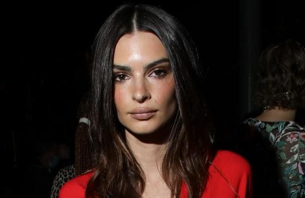 Emily Ratajkowski claims she was touched inappropriately by Robin Thicke