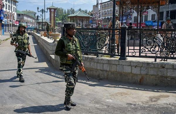 Fallout of civilians killings: Six non-migrant Pandit families leave Kashmir Valley