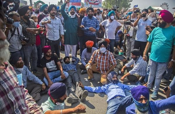 Kashmir civilian killings: At least 500 people detained in J&K in sweeping crackdown amid 'targetted' deaths