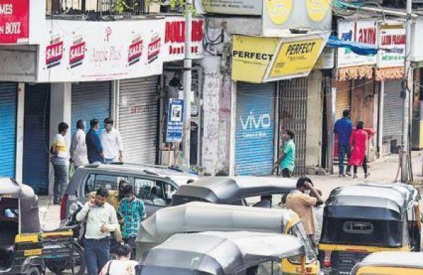 Lakhimpur Kheri violence: Mixed response to bandh in Maharashtra