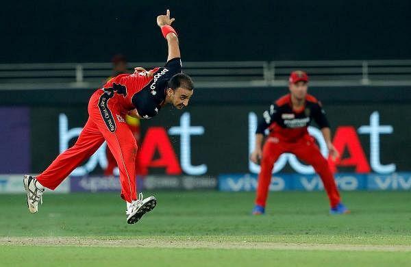 RCB captain Kohli wins toss, elects to bowl against Delhi Capitals