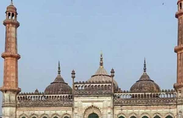 Video clip of girl dancing inside Lucknow's Bada Imambara kicks up row, Shia Muslim bodiesdemand action